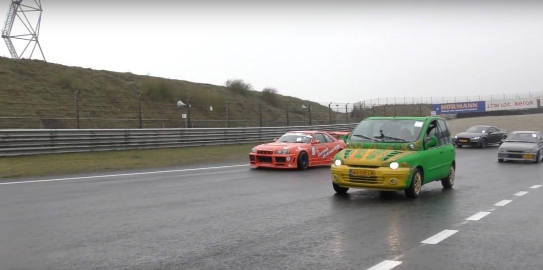 Dragrace : Fiat Multipla vs Skyline R33... No comment ! 13