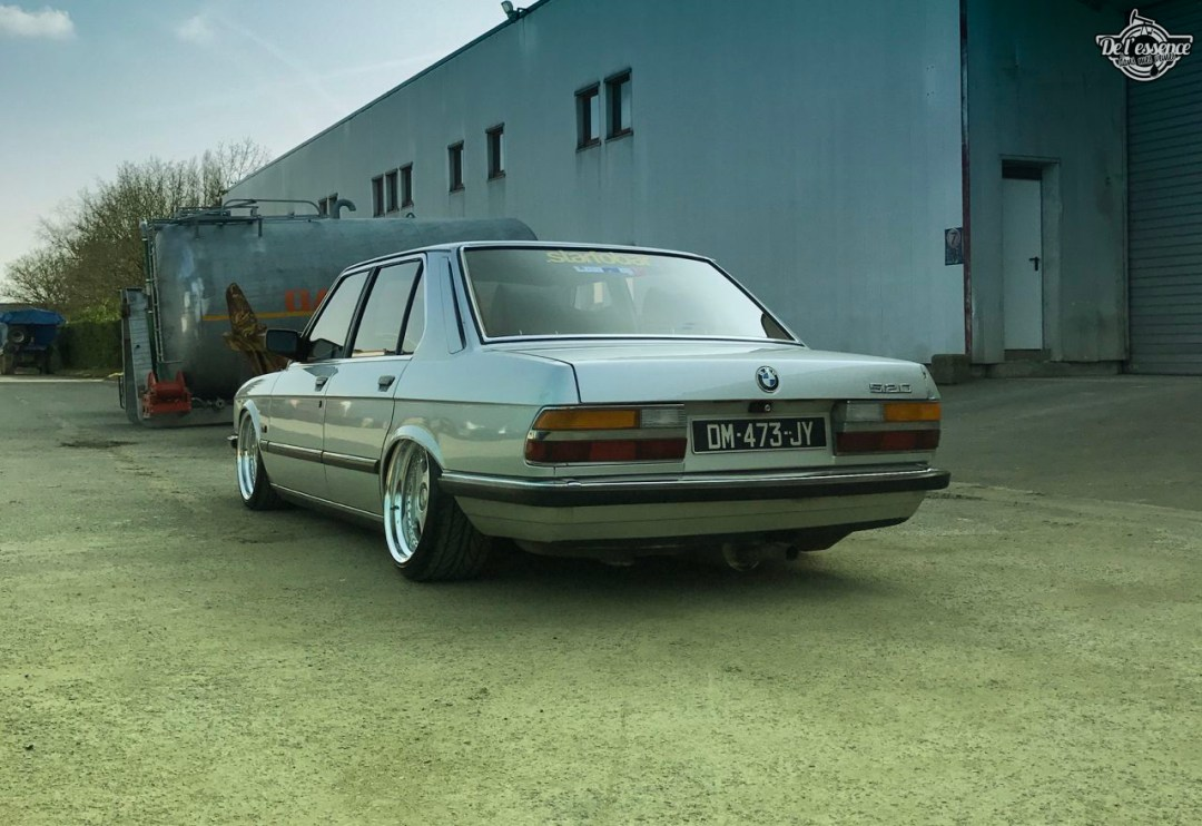 Bagged BMW E28 520i... Low & Flow ! 55