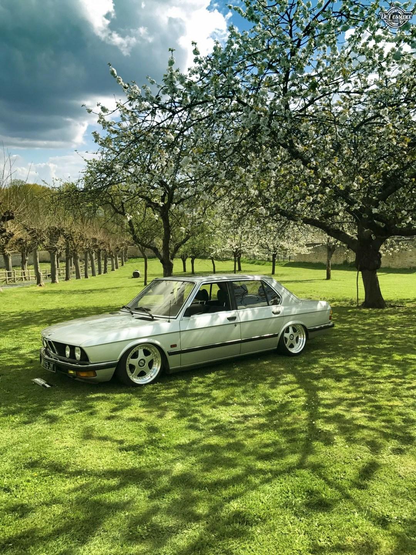 Bagged BMW E28 520i... Low & Flow ! 46