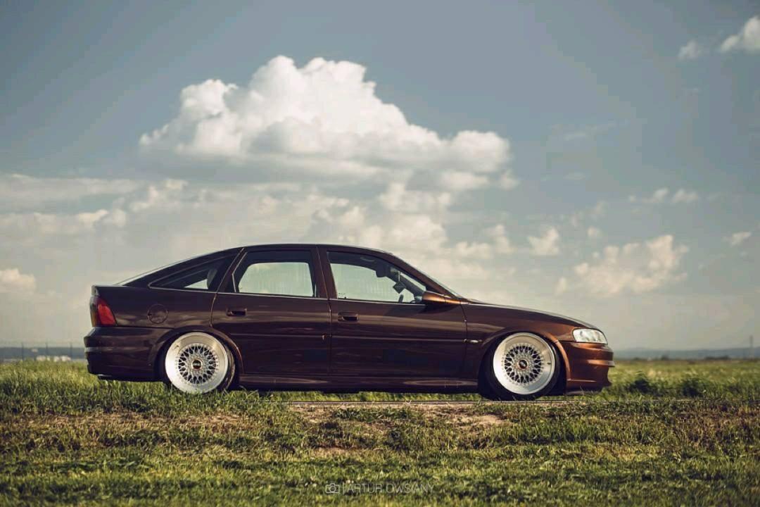 Slammed Opel Vectra... Pari osé ! 15