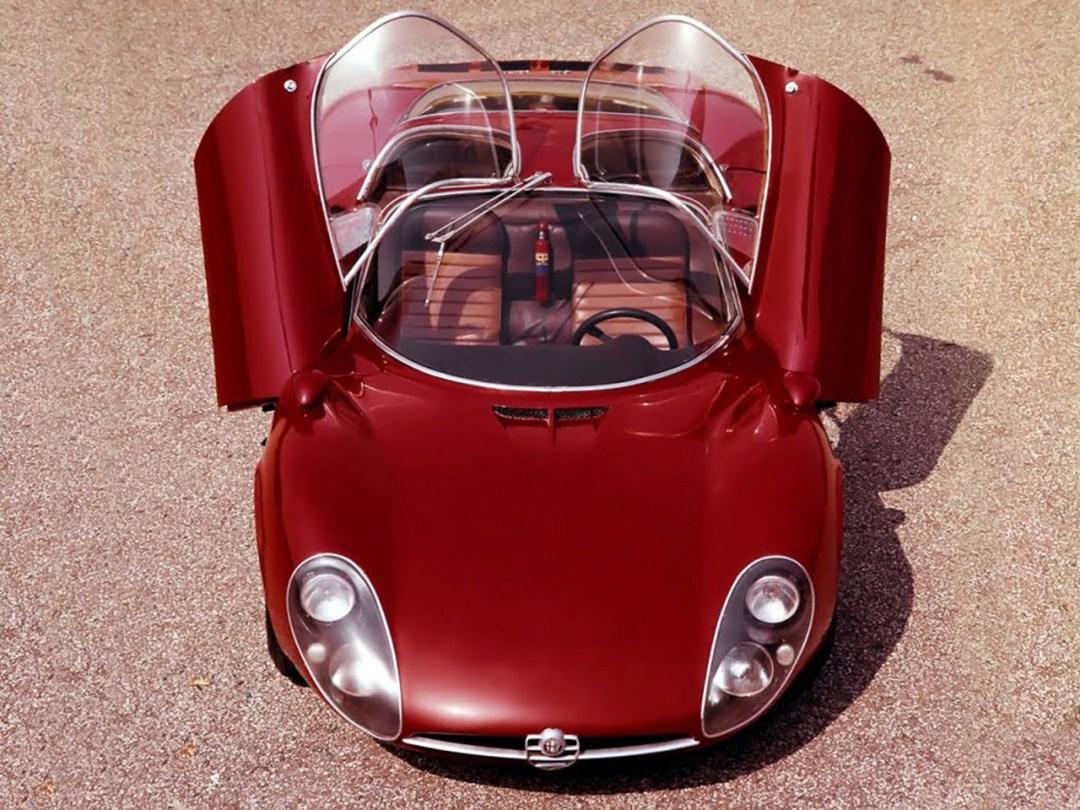 Alfa Romeo T33 Stradale... Oeuvre d'art sur roues ! 49