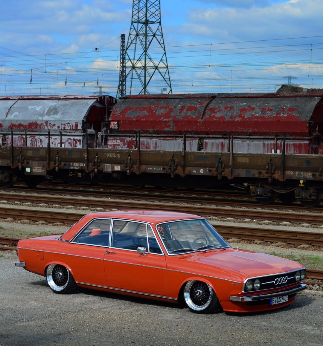 Slammed Audi 100 C1 Coupé - Survivor ! 39