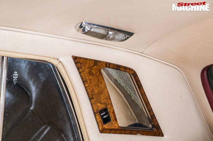 DLEDMV - Rolls Silver Shadow Chevy & Airride - 010