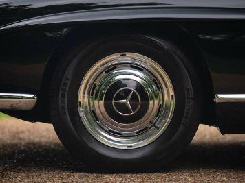DLEDMV 2K18 - Mercedes 300 SL Roadster RM Sotheby's09