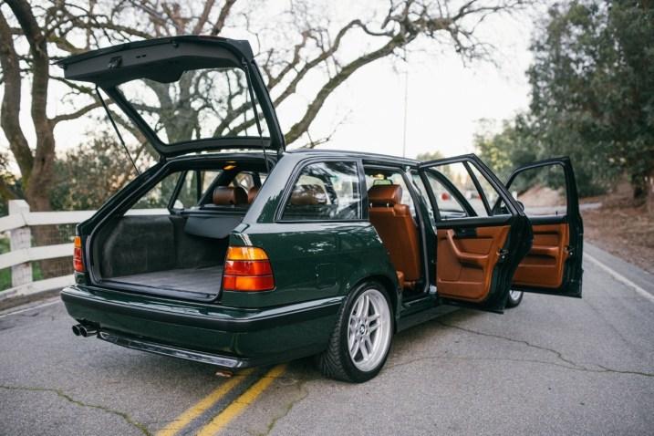 DLEDMV 2K18 - BMW E34 M5 Touring Elekta - 16