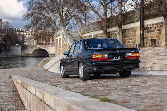 DLEDMV 2K19 - BMW M5 E28 Didier Pironi - 002