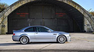DLEDMV 2K19 - BMW M3 Serie Limitée E46 CSL - 003