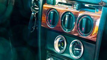 DLEDMV La Mercedes 190de JC – Violence visuelle 27