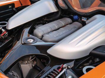 DLEDMV-Porsche-Carrera-GT-Arancio-03