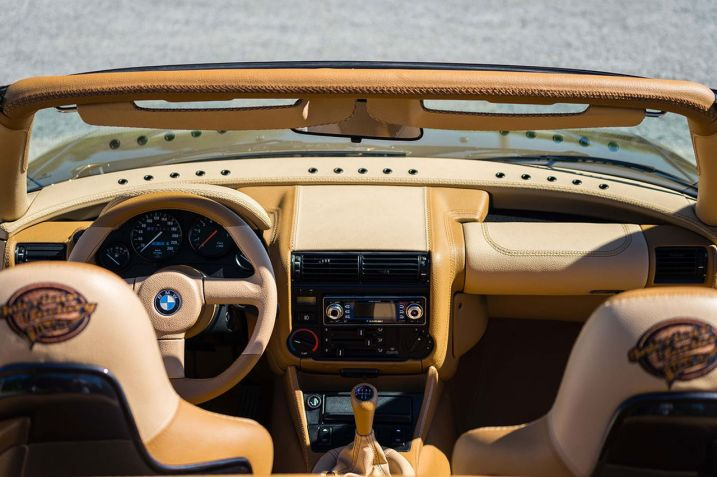 DLEDMV-BMW-Z1-Airride002