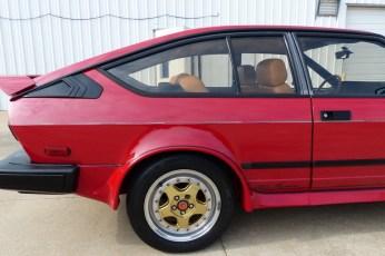 DLEDMV 2021 - Alfa Romeo GTV6 Callaway Biturbo - 004