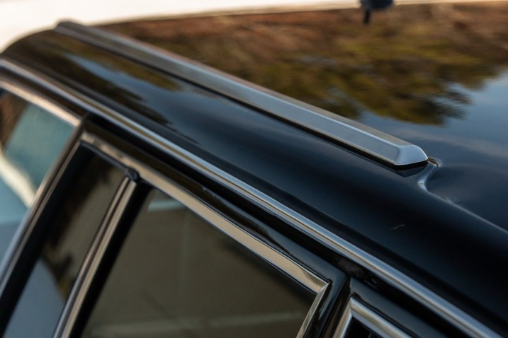 DLEDMV 2021 - Mercedes 560 TEL break RM Sotheby's - 005