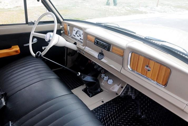 DLEDMV 2021 - Jeep Wagoneer 66 Restomod - 009