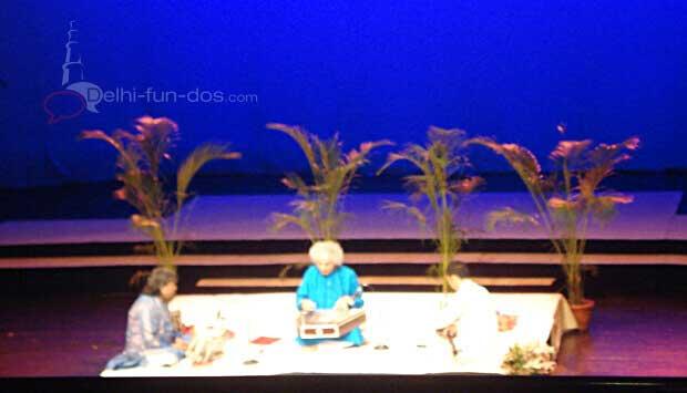 Pt. Shiv Kumar Sharma at Kamani Auditorium