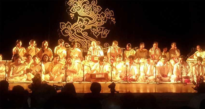 Kobi Smoron 2015-A program of music & verses by Uttarayan