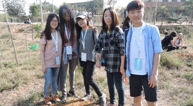 American Embassy School Students Plant Saplings at ABP