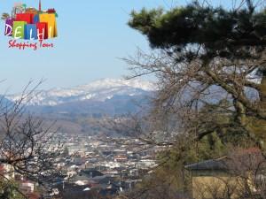 Kenrokuen garden overlook