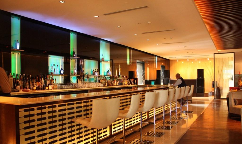 The LaLit New Delhi - Bar