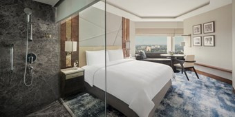 Horizon Deluxe rooms in Shangri La, New Delhi