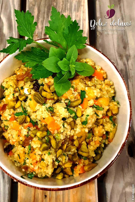 veganer Power-Salat aus Quinoa 🥕🥕