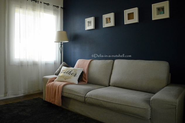DIY accent wall painting royal blue