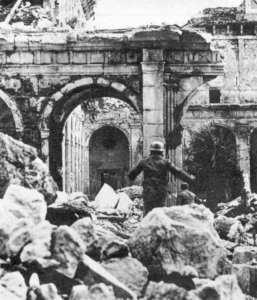 Triumfující modernita. Monte Cassino 1944