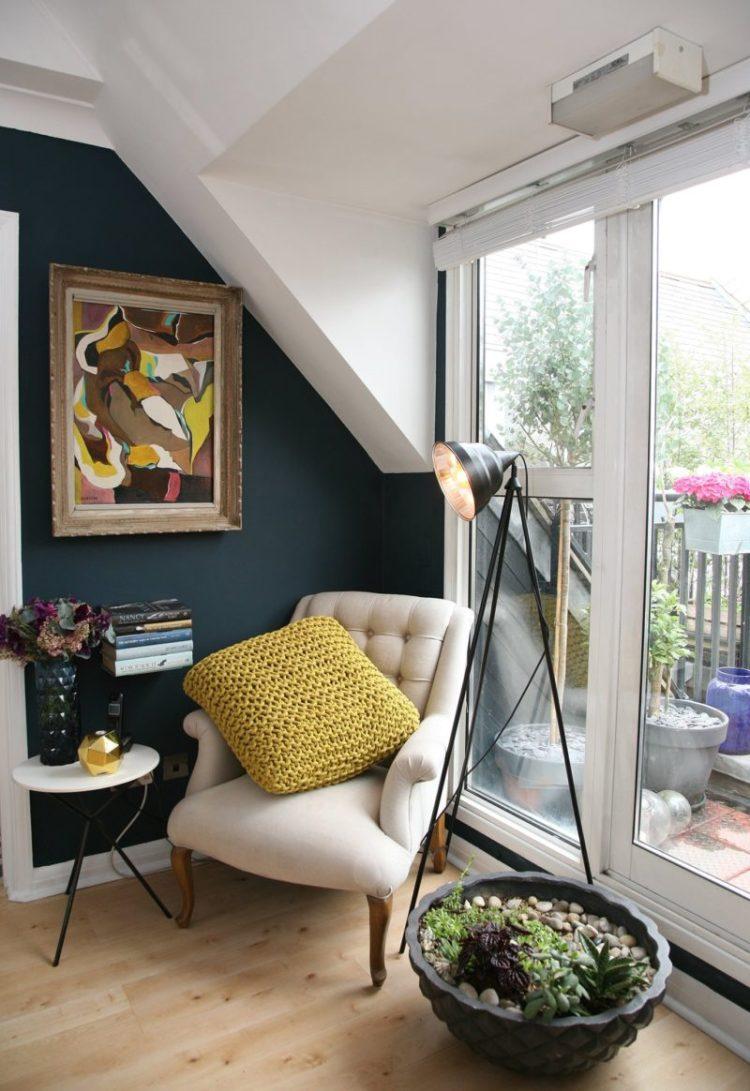 Use Corner in Apartment