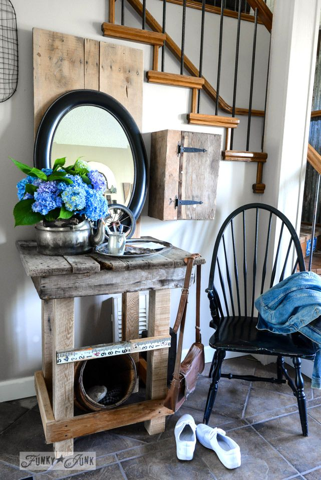 Pretty & Petite Country Style