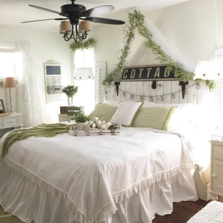 Home Library Design Ideas You Must See: 35 Farmhouse Bedroom Design Ideas You Must See