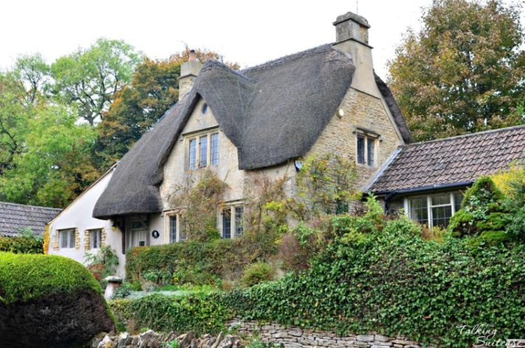 Thatched Roof House in Castle Combe