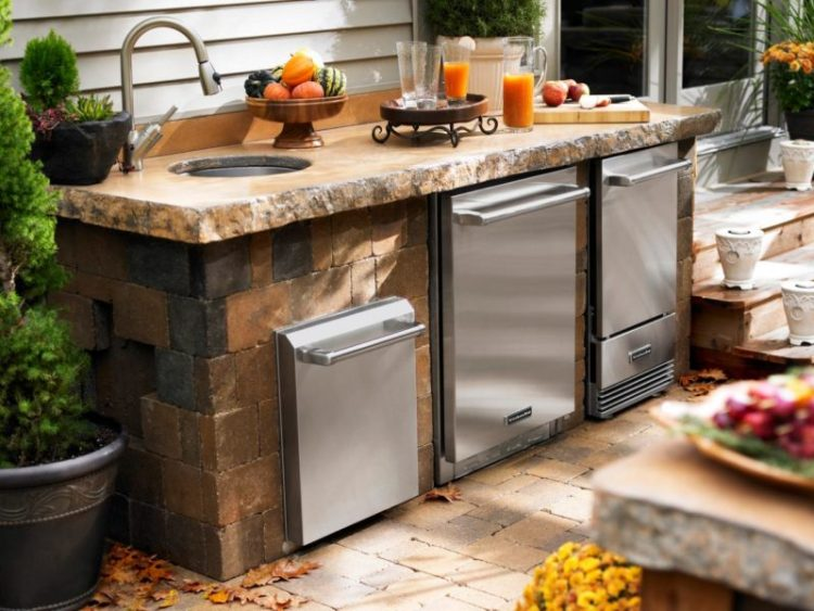 Patio Kitchen with Sink and Mini-Fridge