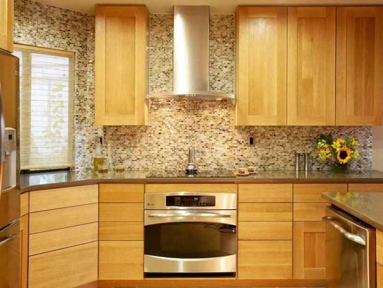 backsplash ideas for light wood cabinets - backsplash with oak cabinets and dark countertops