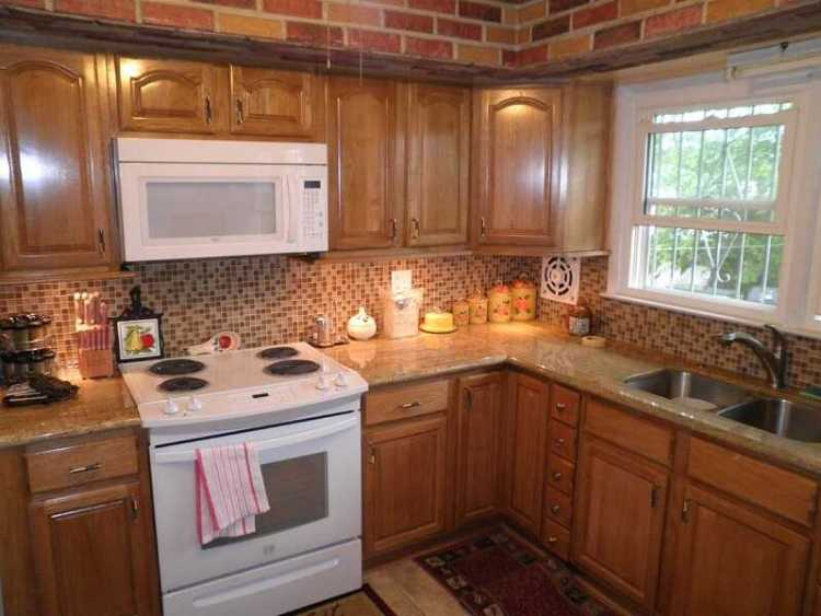 kitchen paint colors with honey oak cabinets and white appliances