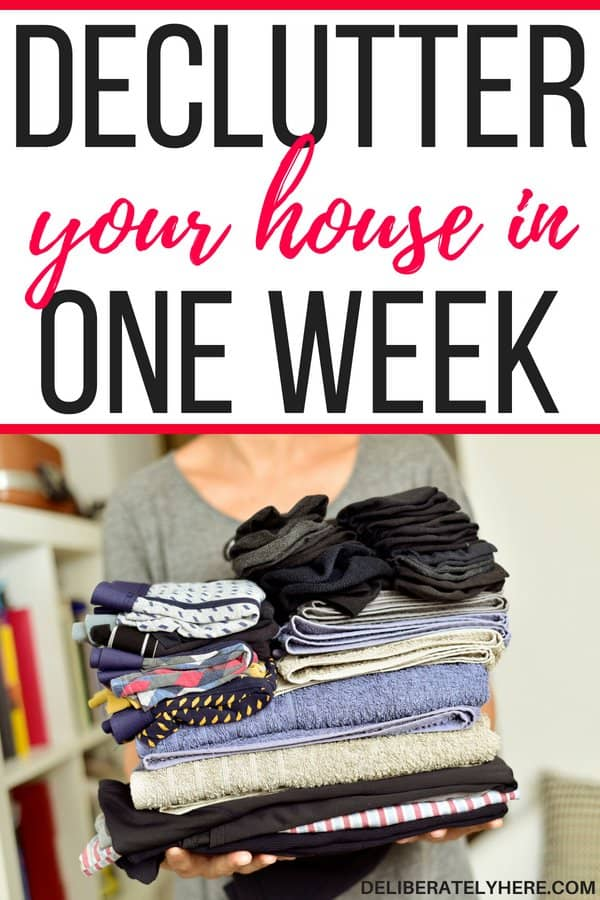 Easily declutter your house in one week by following these five steps. Declutter your life. Become stress and clutter free! I never knew that decluttering could be so easy! This awesome article walks you through the exact steps you need to take to declutter your house and life today! It's SO EASY!