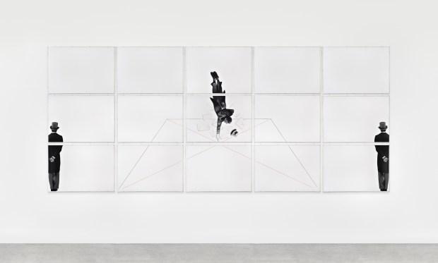 Caduta libera (suicida felice) de Giulio Paolini