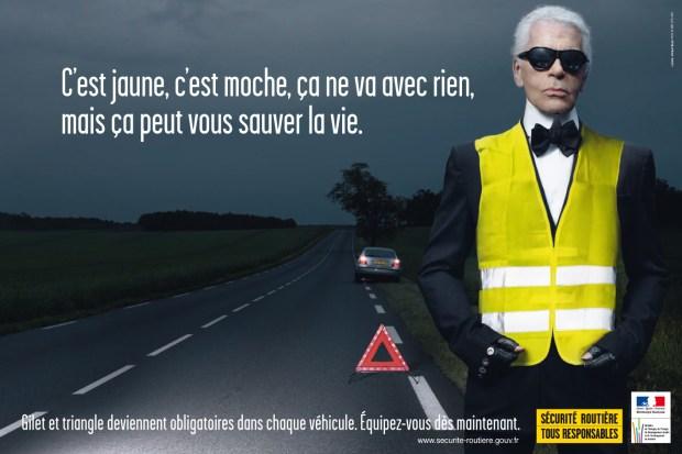 Pub Sécurité routière Lagerfeld en gilet jaune