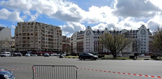 Place de la Porte de Saint-Cloud. Photo © Gilles Walusinski