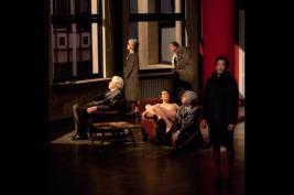 Le Temps et la Chambre, de Botho Strauss, mise en scène Alain Françon, Théâtre national de la Colline, 75020 Paris, jusqu'au 3 février 2017