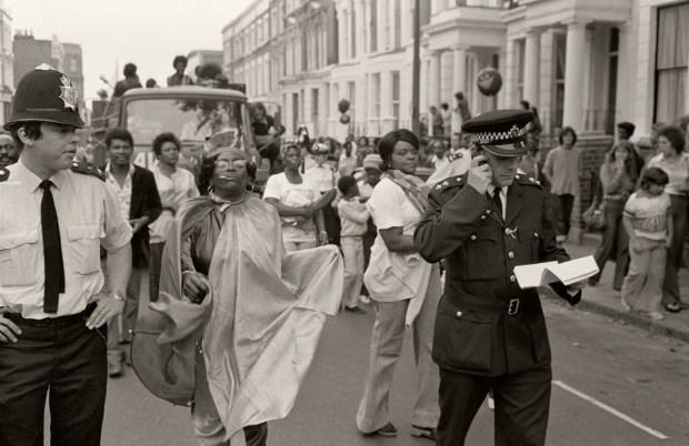 London 1976 - Notting Hill Carnival © Gilles Walusinski