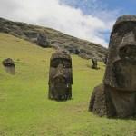 2017, Année Terrible: la rencontre Benoît Hamon - Jean-Luc Mélenchon au Moai Bleu, vue par Edouard Launet, Victor Hugo et Samuel Beckett