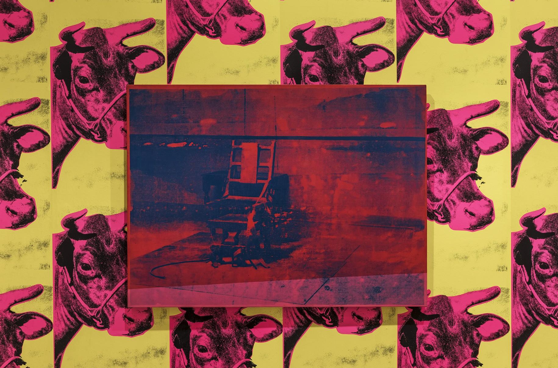 Andy Warhol, Electric Chair. Vue d'exposition, Warhol Unlimited, au Musée d'Art moderne de la Ville de Paris, 2015 © The Andy Warhol Foundation for the Visual Arts, Inc. / ADAGP, Paris 2015 © Pierre Antoine