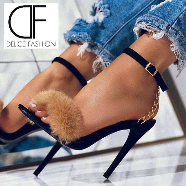 Chaussure douce avec chaîne mince talons hauts