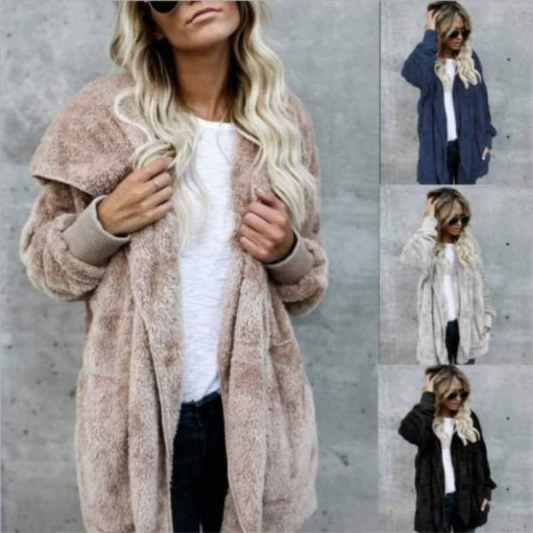 Manteau fourrure à capuche