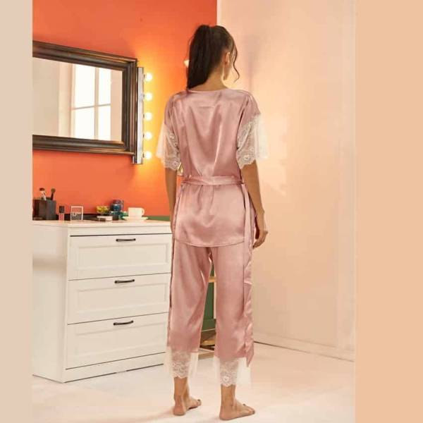 Pyjama ensemble Haut et pantalon en Satin avec ceinture en dentelle