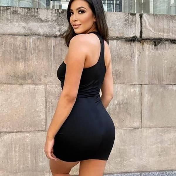 Mini robe moulante sexy 7