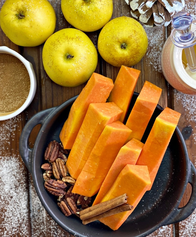 Ingredients for pumpkin and apple casserole