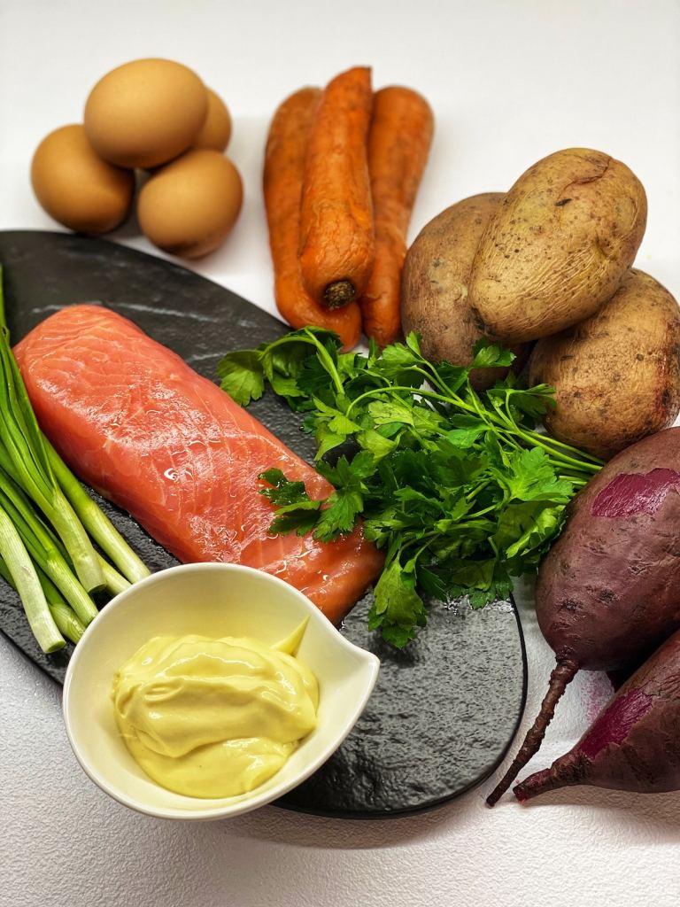 Russian salmon salad ingredients