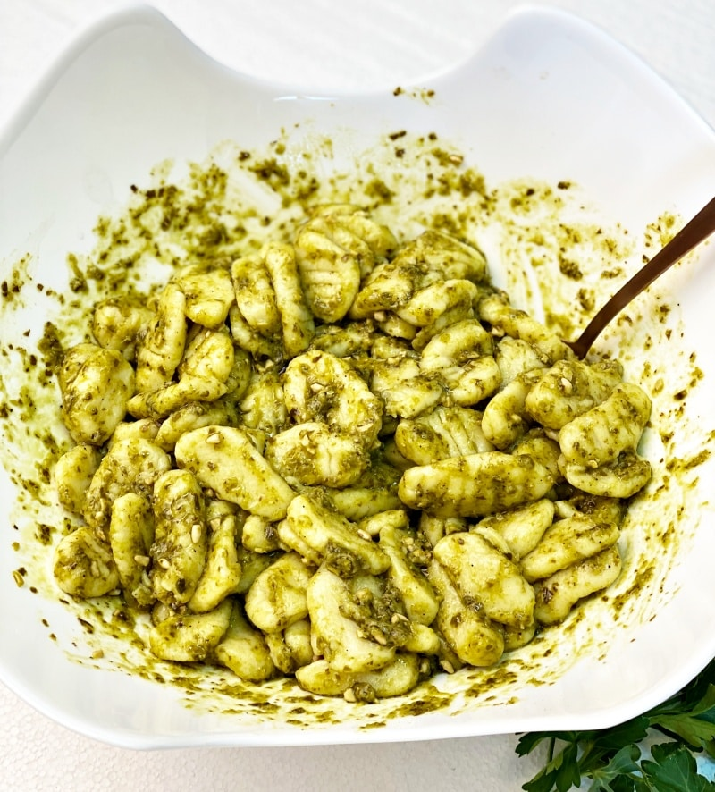 bowl with gnocchi with pesto
