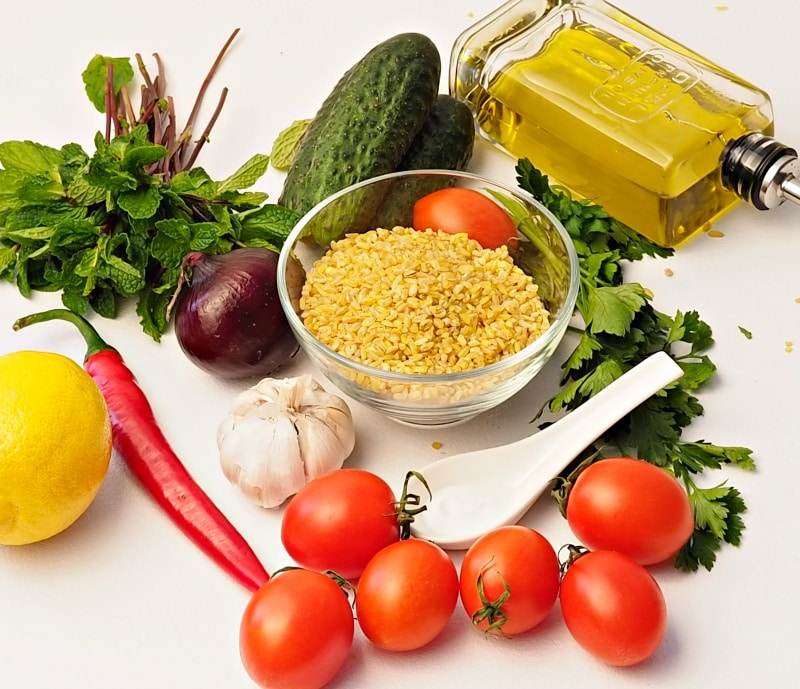 ingredients for tabbouleh salad