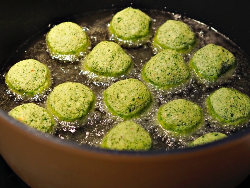 how to fry falafel